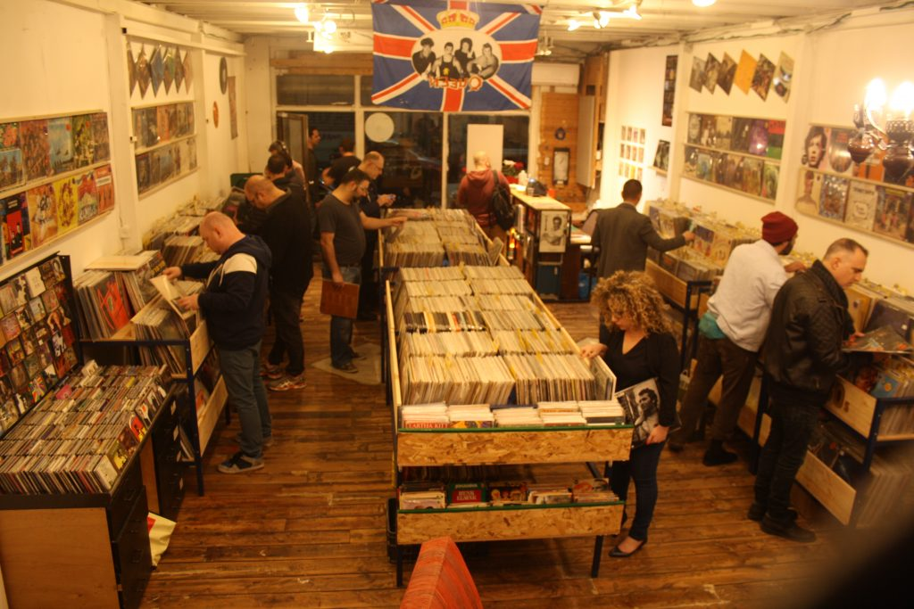 Beatnik Record Store TLV