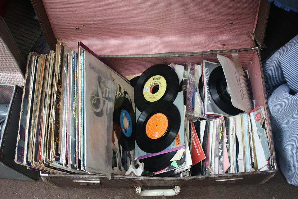 ביטניק קונים תקליטים ישנים