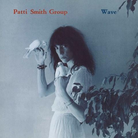 PATTI SMITH WAVE